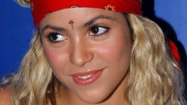Shakira celebra los 25 años del álbum que le cambió la vida, Pies Descalzos