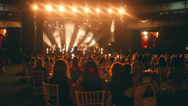 """CADENA 100 presenta el """"Cabaret festival"""" y estos son todos los artistas confirmados hasta ahora"""