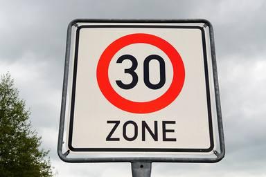 Les vies secundàries de Barcelona seran zona 30 a partir de l'1 de març