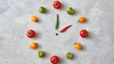 La hora en la que comes importa