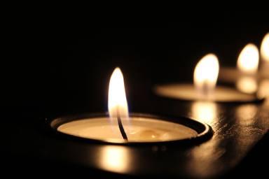 Com fer espelmes a casa a partir de restes de cera pas a pas