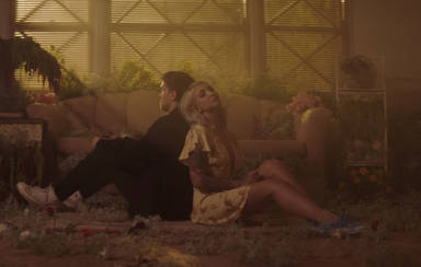 "Julia Michaels estrena el vídeo de ""·What A Time"" junto a Niall Horan"