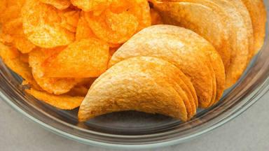 Esta es la mejor manera para hacer patatas crujientes en el horno y que te queden deliciosas