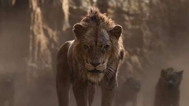 Scar (Chiwetel Ejiofor) y las hienas en 'El Rey León'
