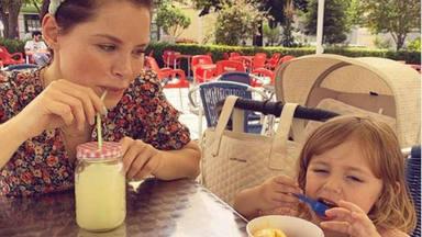 La mejor medicina para Manuela, la hija de Soraya Arnelas, tras su operación