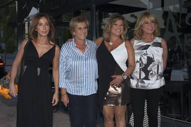 Mila Ximénez junto a sus compañeras de Sálvame