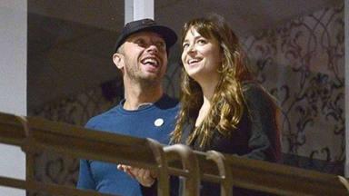 Las diferencias irreconciliabres que han llevado a Dakota Jonsson y Chris Martin a poner fin a su relación