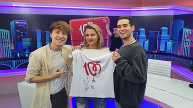 ¿Quieres ganar esta camiseta de CADENA 100 firmada por MANTRA?