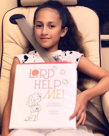 Emme, la hija de Jennifer López y Marc Anthony, escribe su primer libro