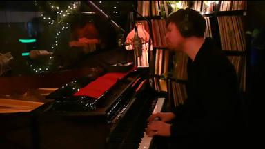 """James Blake estrena su EP """"Covers"""" y podemos escucharlo desde aquí"""