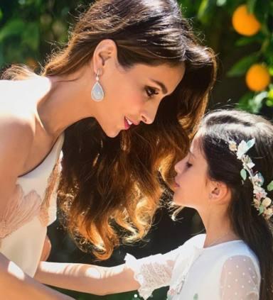 """ctv-q49-Paloma Cuevas, radiante, luce su nueva imagen tras su ruptura con Ponce: """"Amor y familia por encima de"""