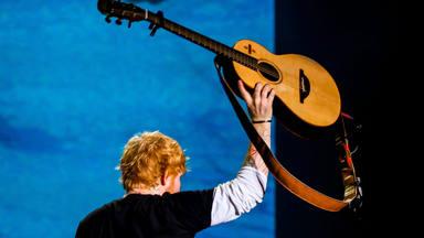 """Ed Sheeran reconoce que volverá a componer cuando tenga """"algo sobre lo que escribir"""""""