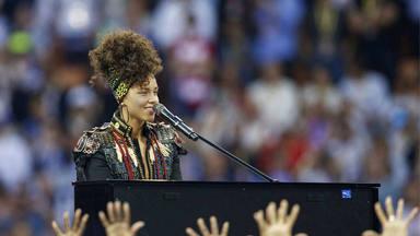 Alicia Keys en la final de la Champions de 2017