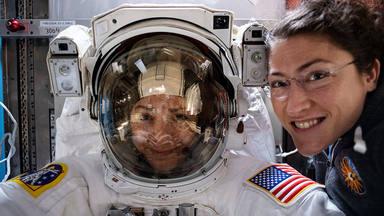 Primera passejada per l'espai 100% femenina