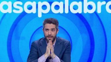 """Roberto Leal, emocionado tras recibir una sorpresa del equipo de 'Pasapalabra': """"Tengo que decir una cosa"""""""