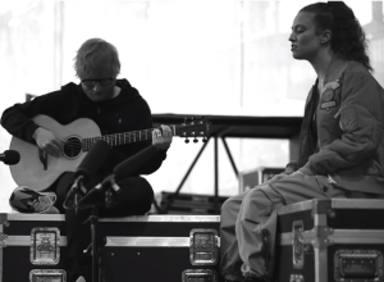 No imaginemos una versión acústica de Jess Glynne con Ed Sheeran