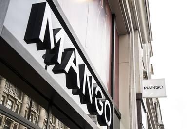 Mango ya ha dado el pistoletazo de salida a sus rebajas de verano 2021