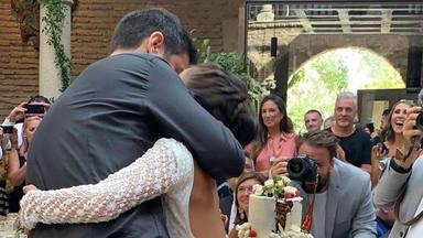 Dos estilismos, el menú, los regalos a los invitados: todos los detalles de la boda de Melendi y Julia