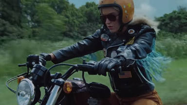 "Katy Perry, como una moto en el videoclip de ""Harleys In Hawaii"""
