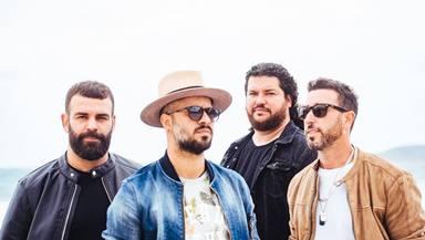 Efecto Pasillo lanza su single 'Similares', junto a Sinsinati, durante la cuarentena