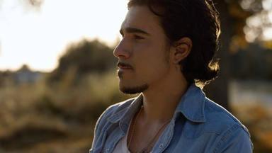 Gonzalo Hermida interpreta la canción inspirada por sus seguidores