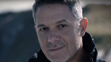 """Alejandro Sanz ruge en el videoclip de su balada """"El Trato"""""""