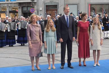 La Familia Real Española llega a los Premios Princesa de Asturias