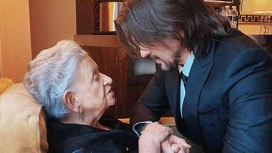 El bonito vídeo de Juanes y ''la señora Alicia'': ''aquí, con mi amada madre''