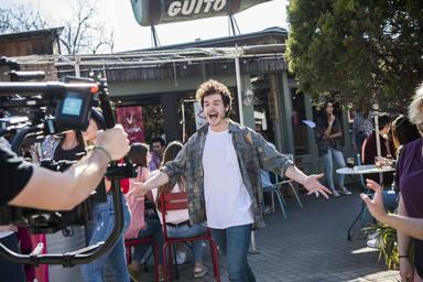 Las divertidas imágenes del rodaje del videoclip de La venda con Miki