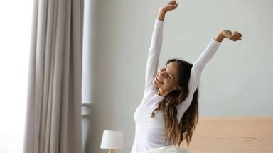 Los errores que comentes al levantarte y que afecta mucho a tu energía y productividad