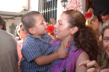 Rocío Carrasco con su hijo David en brazos en el año 2003
