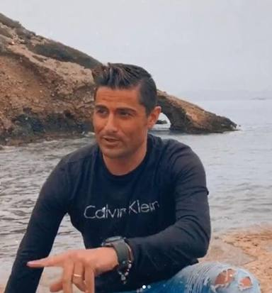 Alfoso Merlos en la playa
