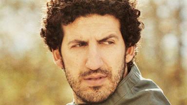 """Marwan canta """"el Viejo Boxeador"""" asegurando que nunca cambiará y que su 'precio' no existe"""