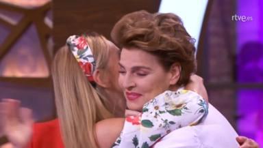Ana Obregón y Antonia Dell'Atte se funden en un abrazo en 'Masterchef celebrity'