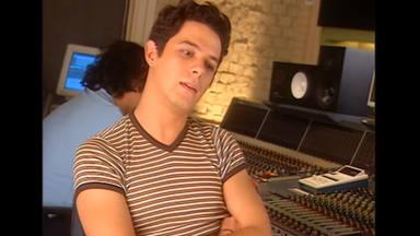 """Alejandro Sanz, desde 1997, presenta """"Más"""""""