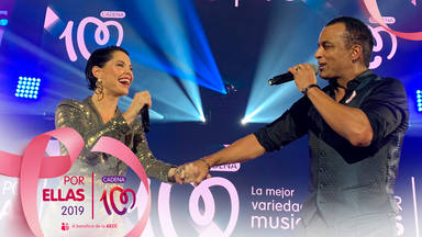 Soraya y Jon Secada en el escenario de CADENA 100 Por Ellas