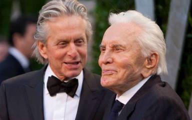 Mor Kirk Douglas als 103 anys