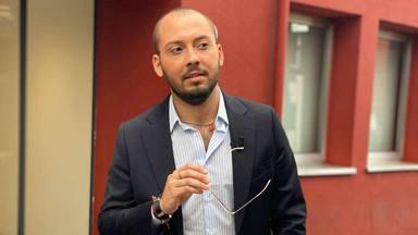 José Antonio Avilés críticas por su posado
