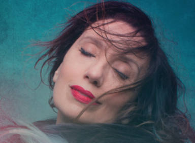 """Todo sobre el nuevo álbum de Luz Casal, """"Que corra el aire"""""""
