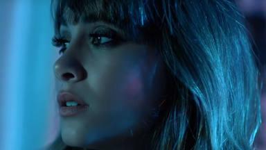 """Aquí está el videoclip de """"+"""" de Aitana y Cali y El DanDee"""