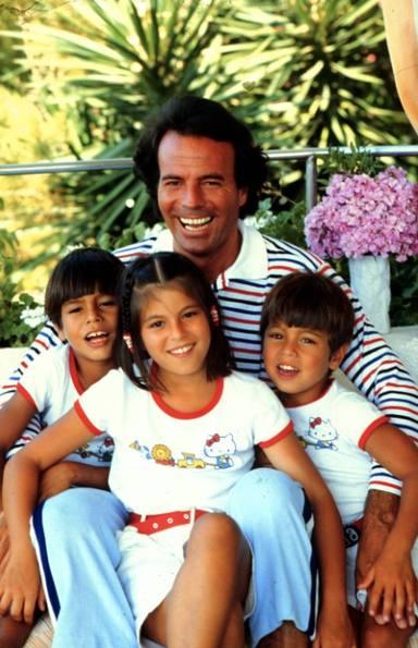 Julio Iglesias con sus hijos en su etapa más dulce