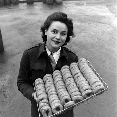 ctv-jbl-donuts-dolly