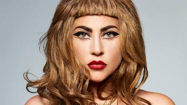 """Lady Gaga le dice a Kylie Minogue que es una """"reina guerrera"""" tras que interpretara su 'Marry The Night'"""