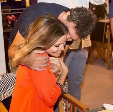El emotivo reencuentro entre Antonio Banderas y Nicole Kimpel
