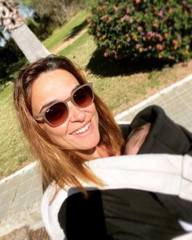 Toñi Moreno comparte felices momentos con su hija