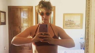 Tania Llasera posa en bikini y le llueven las críticas
