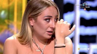 Rocío Flores rota en llanto en el plató de 'Supervivientes' por su complicada situación familiar