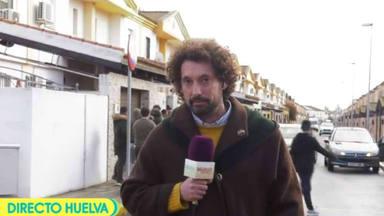 Tiran huevos al reportero de 'Sálvame' José Antonio León en plena conexión
