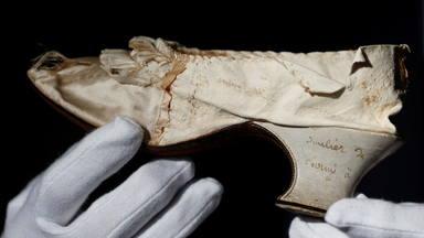 Subhastada una sabata de Maria Antonieta per 43.750 euros