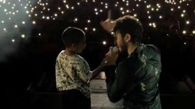 El emotivo vídeo de Sebastián Yatra con uno de sus fans más jóvenes en el escenario: ''eso no tiene precio''